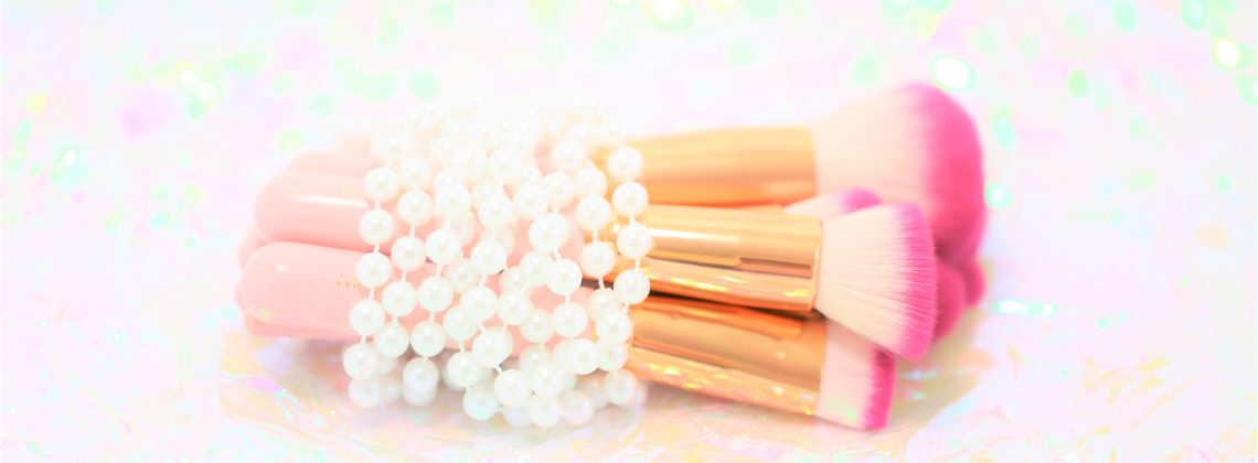 Makeup Brushes That Make You Feel Like a Mermaid